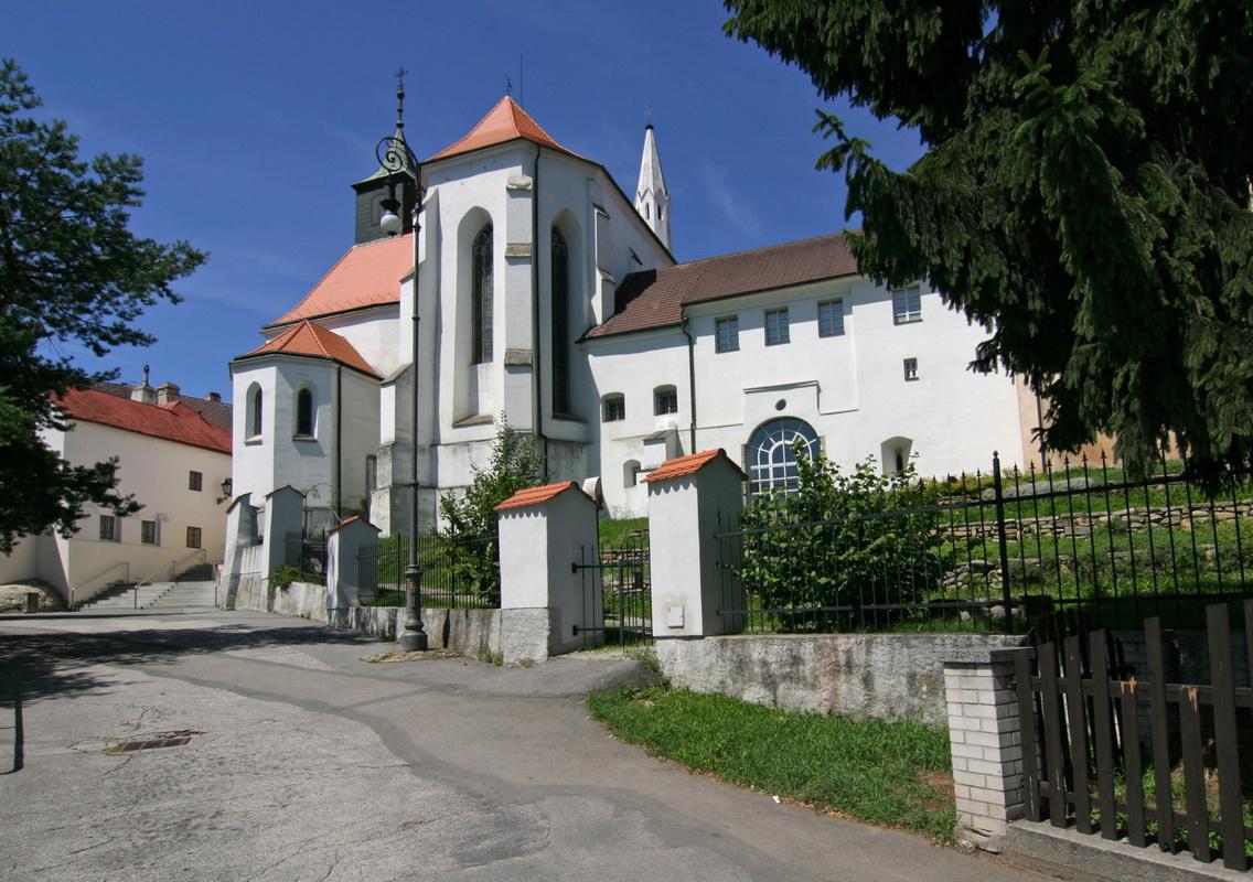 Jindřichův Hradec – Konvent MINORITŮ skostelíkem sv. Jana Křtitele (kolem 1320-1560)
