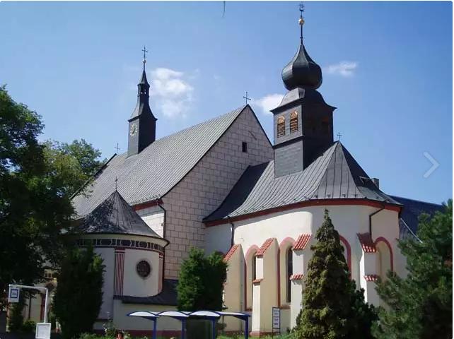 Františkánský klášter s kostelem sv. Kateřiny - Jindřichův Hradec ...